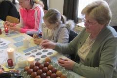 2017.<br>Húsvéti tojásfestés