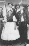 Orosz Veronika és Kecskés (szürke) János